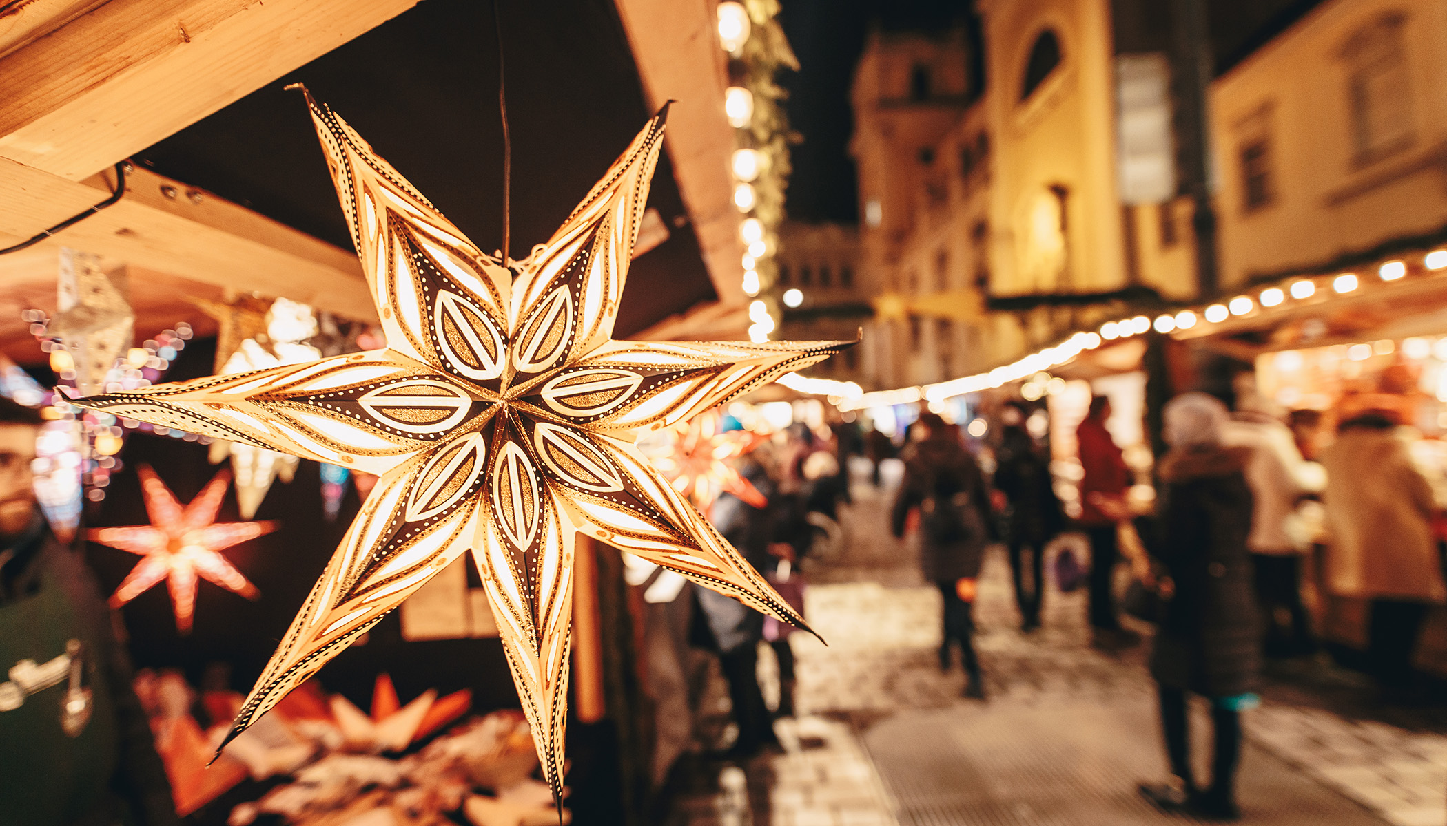 Du får blant annet kjøpt vakker, håndlaget julepynt på julemarkedene.